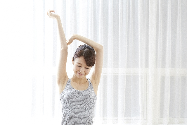 滋賀で小顔矯正に対応する当院がお伝えする!骨格が歪む原因